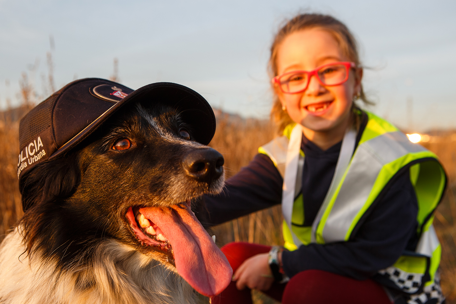 La Cèlia complint el seu somni d'entrenar a en Coco com a gos policia gràcies a la fundació Make-A-Wish i l'ajut de la Guàrdia Urbana de Barcelona