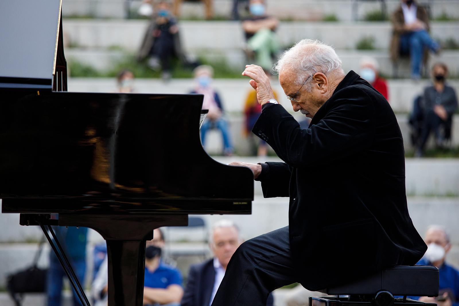 Concert de piano de Jordi Querol - COAC - Jardins Doctor Armengol, Barcelona 2020